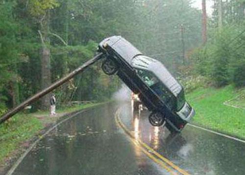 megmagyarazhatatlan-autos-balesetek-005