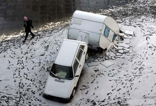 megmagyarazhatatlan-autos-balesetek-015