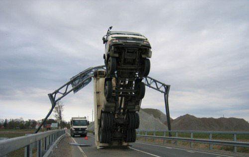 megmagyarazhatatlan-autos-balesetek-020