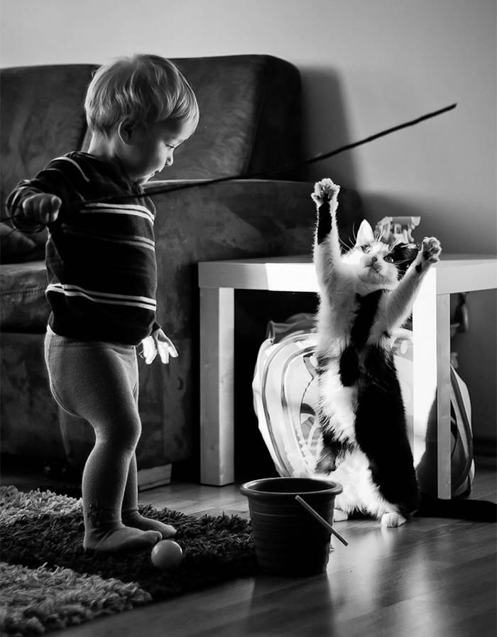 gyerekek-macskaikkal-010