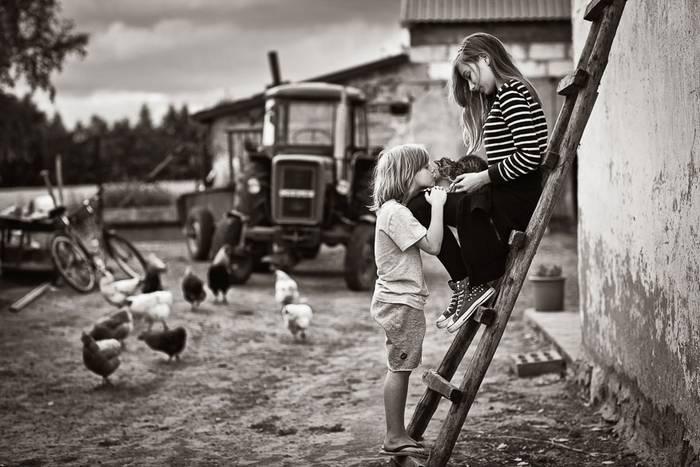 gyerekek-macskaikkal-019